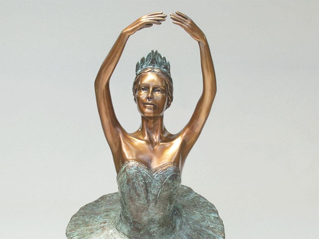 ballerina-bronze-crop