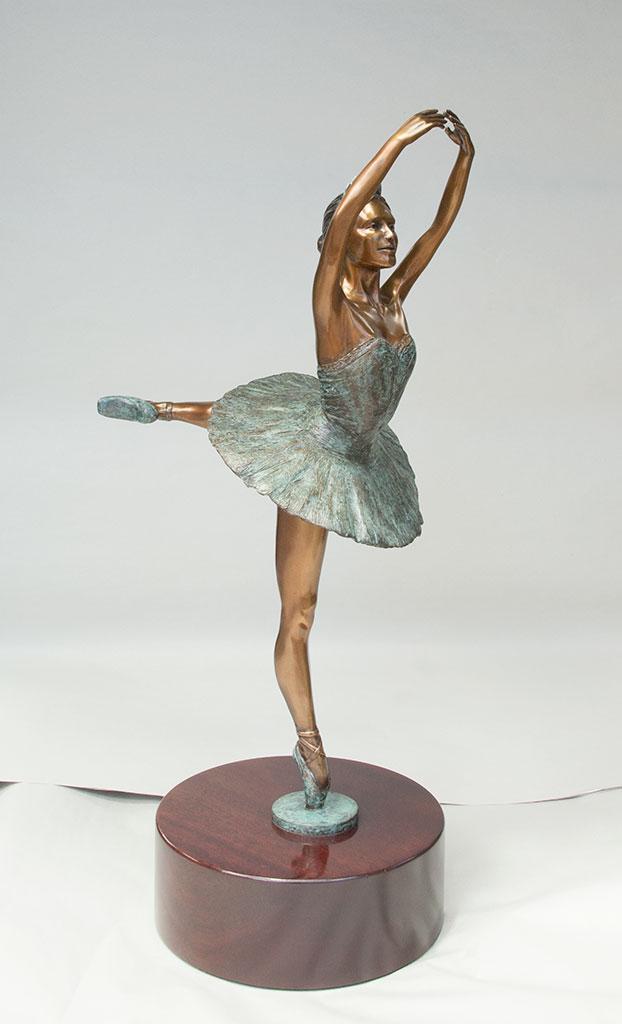 ballerina-bronze-rightside