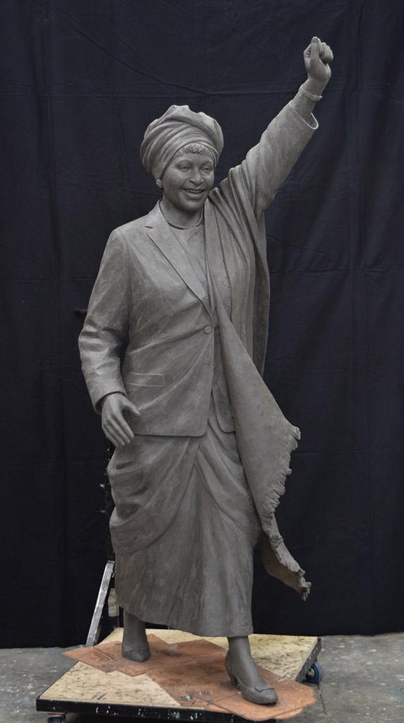 winnie-sculpt-angle